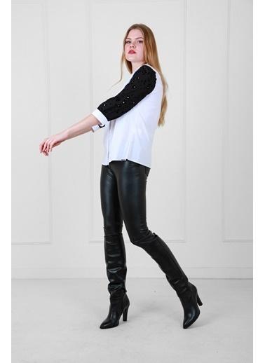 JEANNE D'ARC Gizli Patlı Kolu Flok Baskılı Truvakar Kol Pamuk Bluz Beyaz